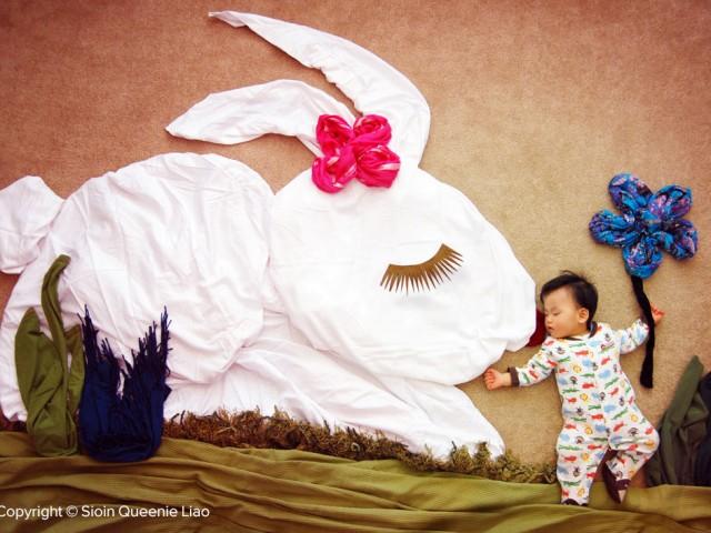 Wengenn-My-Bunny-Friend1000-640x480 Wengenn In Wonderland, Foto Bayi Lucu dan Unik Yang Bisa Bunda Tiru  wallpaper